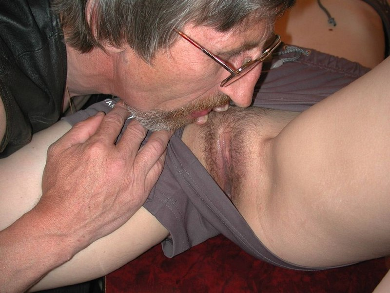 Amateur mom son cum