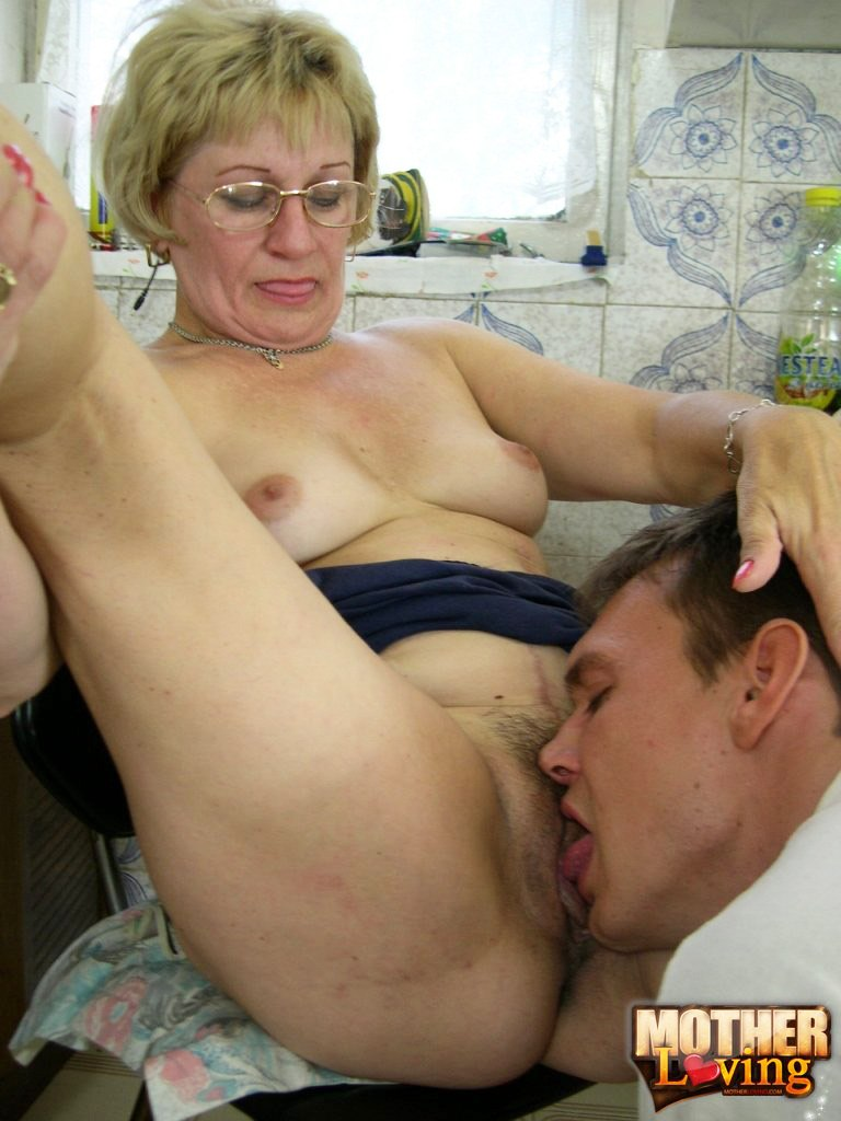 Mothers creampie incest