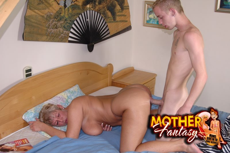 mom son fithy incest sex