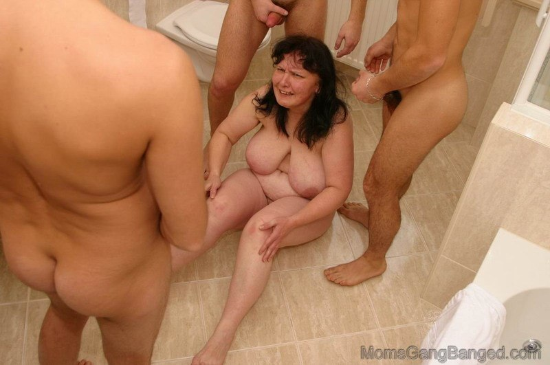 son anal fucks mom painfully