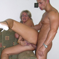 Free mom and son porn